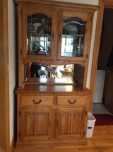 Oak Closet in Glendale Heights, Illinois