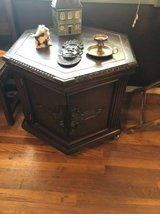 AMAZING! Vintage solid wood hexagon side table in Fort Bliss, Texas