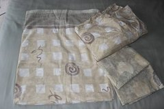 Queen sheets set in Fort Belvoir, Virginia