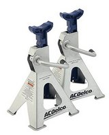 AC DELCO 2 TON JACK STANDS - Gently Used! in Travis AFB, California