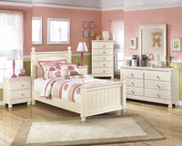 Signature Design  4 pc. Bedroom Set in Honolulu, Hawaii