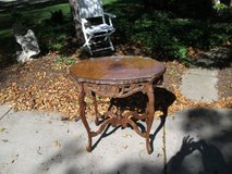 EAST LAKE ANTIQUE TABLE in Tinley Park, Illinois