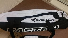 Easton Pro Wedge Bat Bag in Fort Campbell, Kentucky