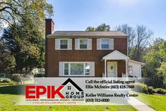 Updated Catonsville Colonial on 1/2 acre in Fort Meade, Maryland