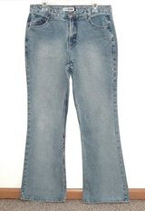 Juniors 13 Long Canyon River Blue Boot Cut Stone Wash Jeans 13L 32 x 32 in Chicago, Illinois