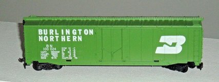 HO Scale 50' Plug Door Box Car Burlington Northern 100024 TYCO 339E in Joliet, Illinois