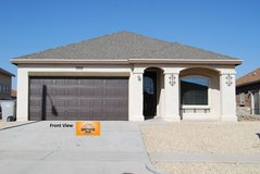 Gorgeous 4 Bedroom Home with Refrigerated A/C! in El Paso, Texas