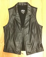 Wilsons Leather Maxima Women's Black Zip Up Vest Lycra Stretch Back Size Medium in Bolingbrook, Illinois