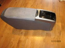 TOYOTA PRIUS 2008 Front Arm Rest Center Console with Cup Holder GREY in Chicago, Illinois