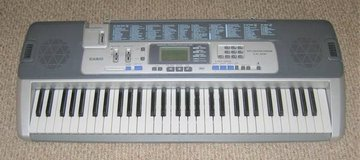 Casio LK-100 Key Lighting System Electronic Midi Keyboard Piano 61-Key in Shorewood, Illinois
