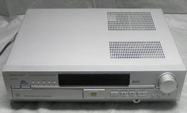 PANASONIC SA-HT70 5 Disc CD/DVD Home Theater Surround Sound Receiver in Plainfield, Illinois