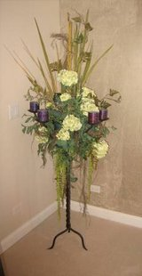 Beautiful Floor Accent Piece - Flowers & Candles - 6' Tall in Aurora, Illinois