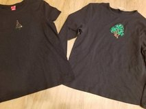 2 holiday ladies stretchy shirts in Camp Pendleton, California