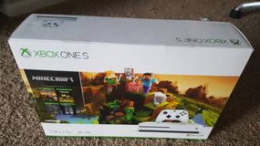 Brand new Xbox One S 1 TB Minecraft Creators Bundle with 4K output in Aurora, Illinois