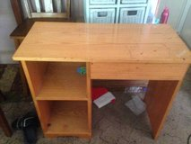 Solid wood Childs Desk w shelves & Drawer in Clarksville, Tennessee