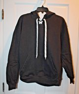 NHL Old Time Hockey Black Hoodie, Skate Laces, Heavier Weight, Medium in Chicago, Illinois