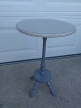 Small Round Table in Orland Park, Illinois