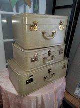 3pc Vintage Suitcase Set in Naperville, Illinois