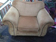 Oversized King Hickory chair in Dover, Tennessee