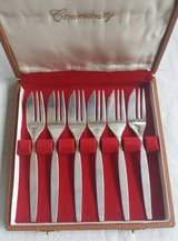 Community Small Silver Fork Set of 6 with Case Mid Century in Chicago, Illinois