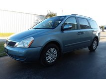 Blue 2011 Kia Sedona MiniVan, Rear Air, 4 Captains Chairs 3rd Row Seat in Cherry Point, North Carolina