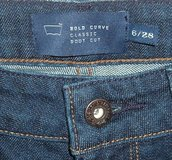Womens 6 Levis BOLD CURVE Classic Boot Cut Jeans Tag 6 28 Measures 26x29 Dark Blue in Bolingbrook, Illinois