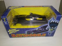 NEW Johnny Lightning 1960's BATMOBILE Die-Cast 1:24 Scale Model Kit Item # 6904 in Joliet, Illinois