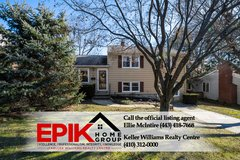 Charming updated home in a great neighborhood in Fort Meade, Maryland