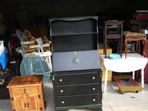 REDUCED...VIRGINIA HOUSE HUTCH /DESK ALL WOOD MINT VERY EXPENSIVE COMPANY WHERE in Naperville, Illinois