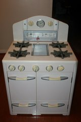 retro pottery barn kids retro play pretend kitchen collection pink stove in Kingwood, Texas