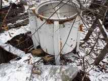 Vintage Washing Machine in Great Lakes, Illinois