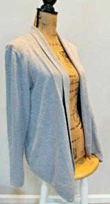 Gray Ribbed Accent Drape Cardigan by Fever, Medium in Aurora, Illinois