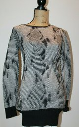 FREE PEOPLE Black/Gray/White Tunic Sweater, Deep V-Back, Small in Glendale Heights, Illinois