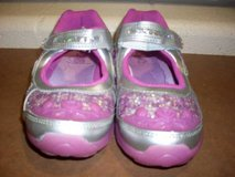 Stride Rite Disney™ Anna & Elsa Size 13.5W (T=44) in Fort Campbell, Kentucky