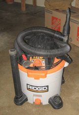 RIDGID 12 Gallon Wet / Dry Vac in Wheaton, Illinois