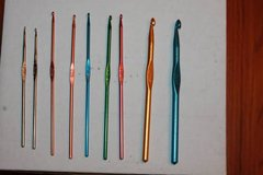Boye Crochet Hook Set - 9 hooks - 1, 3, D, Two E, Two - F, J, K in Houston, Texas