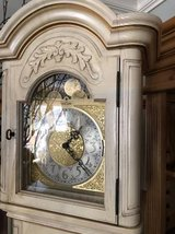 White Wood Grandfather Clock. !!!  Works in Bolingbrook, Illinois