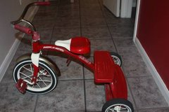 Radio Flyer Classic Red Dual Deck Tricycle in Kingwood, Texas