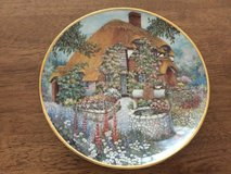 Lilliput Lane Limited Edition Collectable Plate in Lakenheath, UK