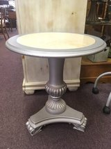Luxurious Side Table in Bartlett, Illinois