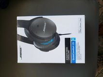 bose quietcomfort 25 acoustic noise cancelling headphones for iphone ipod ipad in Lockport, Illinois