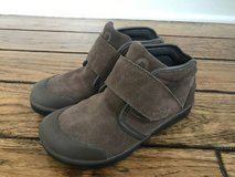 Boys Shoes - Waterproof Suede Bogs (Size 3) in Glendale Heights, Illinois