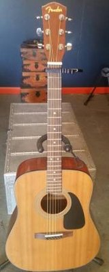 Fender DG-8S Solid Spruce Top Acoustic Guitar w/ Gig Bag in Morris, Illinois