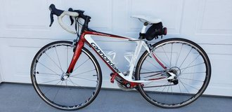 Cannondale womens Synapse 3 road bike in Camp Lejeune, North Carolina