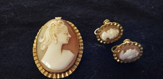 Antique cameo and earrings in Camp Lejeune, North Carolina