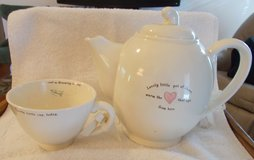 "hallmark ""a little bit of cheer just for you"" and send me dreaming far away"" tea in Clarksville, Tennessee"