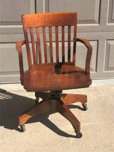 Wooden desk chair good condition in Naperville, Illinois