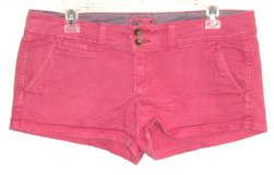 American Eagle Hot Pink Mini Short Shorts w Flap Pockets Womens 6 Stretch in Chicago, Illinois