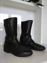 R Jays Motorcycle boots Mens 9 in Oswego, Illinois