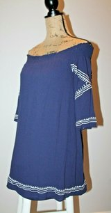 Off the Shoulder Navy w/White Stitching Dress, Rayon, Lined, Small in Aurora, Illinois